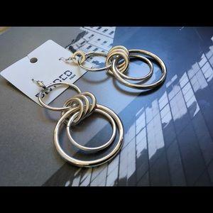 🙌🏾Brand New H&M Earrings #VMC